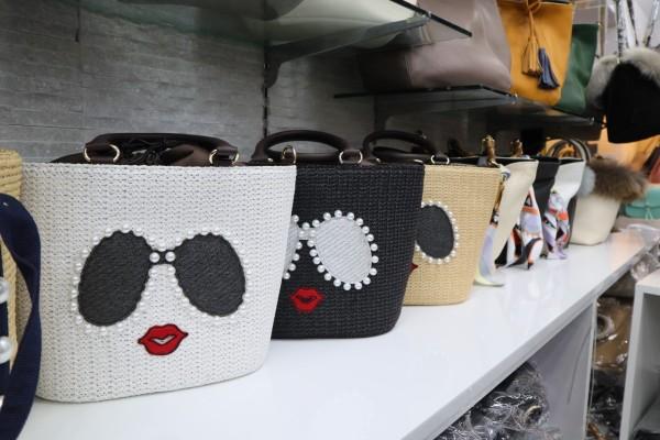 40년 전통 동대문 가방도매 전문 전국 가방 유통 70%을 책임지는 패션남평화 『가방도매시장』 | 블로그