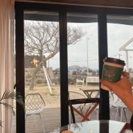 눈이즐거운 제주여행 #1.해안도로 드라이브,제주 바다뷰카페 찾아다니기(봄날카페,차귀놀 카페,청춘당도넛)