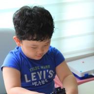 4세 남아 장난감으로 산 헬로카봇 미니카 스톰, 에이스 아직도 좋아해