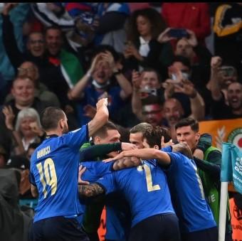 [ 유로 2020 - 4강] 결국 축구는 골을 넣어야 이기는 스포츠다 : 이탈리아 - 스페인 유로 4강 경기 리뷰⚽️