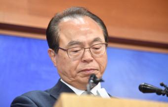 오거돈 전 부산시장 사전구속영장…'尹 재가' 직후 공개 배경에 촉각