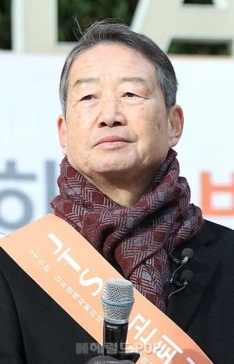 [포토]거리모금 캠페인에서 만난 김병조