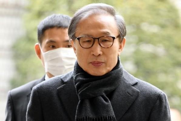 [속보] '징역 17년' 확정 이명박 전 대통령, 조만간 재수감 | 포토뉴스