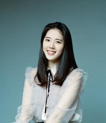 신인배우 이예린, TV조선 시트콤 '어쩌다 가족' 합류…엉뚱발랄 승무원役 활약예고   포토뉴스