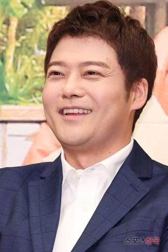 전현무, '나 혼자 산다' 녹화 참여…한혜진과 결별 2년 만에 '고정 복귀'
