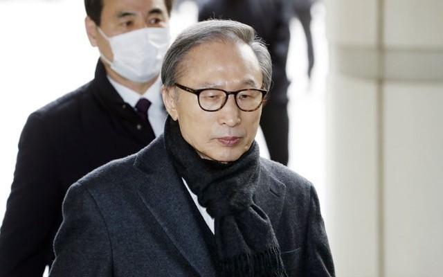 대법원, '횡령·뇌물' 이명박 전 대통령 징역 17년 확정 | 포토뉴스