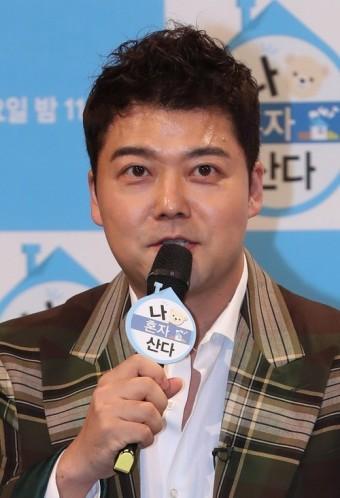 '나 혼자 산다' 전현무, 잠정 하차 후 2년 만에 복귀