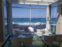 제주도 애월의 푸른 바다를 담은 카페, 하이엔드 제주 이달 내 3층 루프탑 좌석 오픈 예정