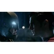 배트맨과 슈퍼맨이 한판 슈퍼맨 배트맨 맞붙으면 누가 이길까 슈퍼맨 배트맨