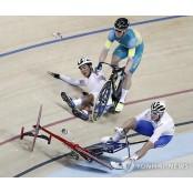 <올림픽> 충돌이 앗아간