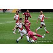 스페인에도 돌아온 프로축구…2부리그 라요바예카노 경기