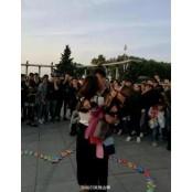 콘돔 999박스와 속옷 부케로 청혼한 중국 남성…`결말은?` 콘돔박스