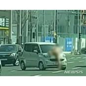 대낮 나체로 여성 운전자 위협 나체 '울산 터미네이터' 30대 입건