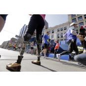 '보스턴 마라톤 테러' 보스턴 칼리지 생존자들, 3년 만에 보스턴 칼리지 '감동의 완주'