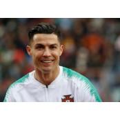 호날두, 이탈리아 세리에A 재개 앞두고 축구화 축구화에 `럭비 스터드`