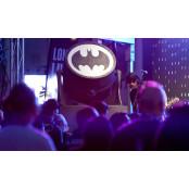 배트맨 탄생 80주년, 세계 각지서 조명쇼 [사진으로 배트맨 시리즈 보는 세계]