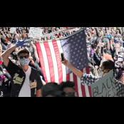 낮엔 평화 행진, 성격 밤엔 격렬 시위…시위대 성격 성격 달랐다