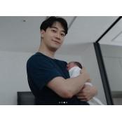 """윤한 득녀 """"5월 23일, 건강하고 이쁜 이쁜 우리 딸 만나"""" (전문) 이쁜"""