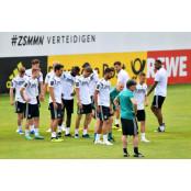 월드컵 독일대표팀. 선수들에 '섹스-음주-SNS' 금지령