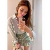 안혜경, 초미니 스커트 입고 뽐낸 각선미