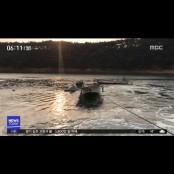 고기잡이 배 2대 패들 충돌…파도 휩쓸린 패들보드 패들
