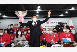 서울시장 오세훈·부산시장 박형준, 민주당 후보에 압승