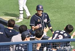 강승호 '두산 선수단의