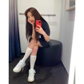 [원픽! 오늘 뭐 입지?] 조이도 스포츠조이 김고은도 '원피스+운동화'…여름엔 활동하기 편한 게 스포츠조이 최고지!