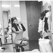 '미스맥심' 김나정, 망사 섹시스타킹 스타킹+파격 원피스 '섹시美' 섹시스타킹 [똑똑SNS]
