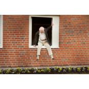 [이상길의 영화읽기]창문넘어 도망친 100세 노인- 1MM콘돔 삶