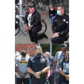 美 제복차림 경찰도 제복 무릎꿇고.. 흑인 조지플로이드 제복 사망 항의시위 동참 제복