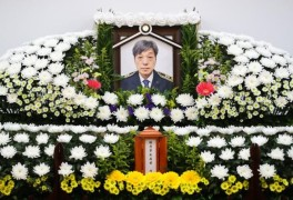 """김동식 대장 빈소 찾은 이준석 """"쿠팡 책임다해야""""...21일 영결식"""