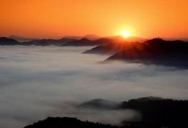 옥천 용암사 운무대, 구름이 춤추는 '일출'사진 명소