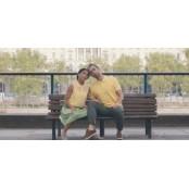 동물들의 짝짓기가 얼마나 로맨틱한 지 사가미오리지널콘돔 보여주는 콘돔 광고(동영상)
