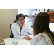 '동안 미모' 찾는 레이저수술 오팔세대들의 관심사, 안면거상수술 레이저수술 주의점은?