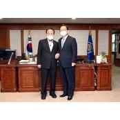 김영만 군위군수, 국무총리 만나 '대구시 편입'등 현안 협조 요청