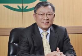 [제약 CEO] 코로나·뇌졸중 치료제 결과 발표 앞둔 신풍제약 유제만 대표