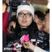 """법원 """"신정환 재활 신정환바카라 필요, 증거 인멸 신정환바카라 우려 없다""""…영장 기각 신정환바카라"""