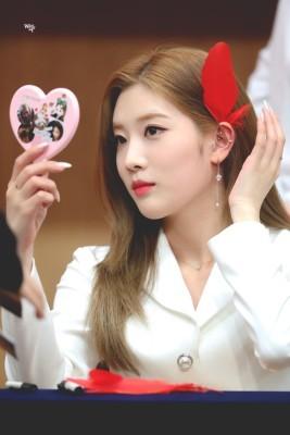 이달의소녀 김립 피어싱 | 블로그