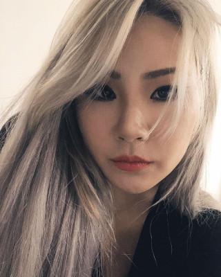 투애니원(2NE1) 출신 씨엘(CL), 빛나는 미모로 근황 전해...''YG 공식 계정의 반응은?'' | 포토뉴스