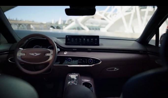 제네시스, 첫 도시형 럭셔리 중형 SUV 'GV70' 공개…4900만~7500만원 | 포토뉴스