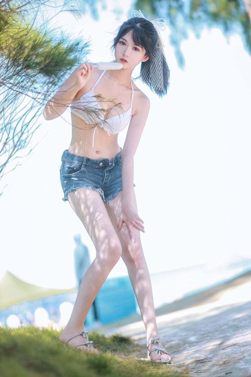 "COSER女菩萨""鳗鱼霏儿"" 海边比基尼写真在线看-写真-『游乐宫』Youlegong.com 第19张"