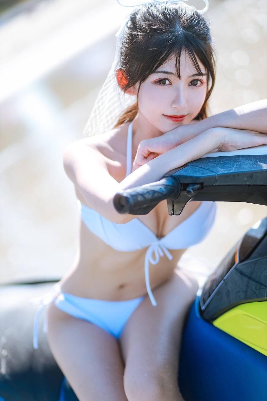 "COSER女菩萨""鳗鱼霏儿"" 海边比基尼写真在线看-写真-『游乐宫』Youlegong.com 第10张"