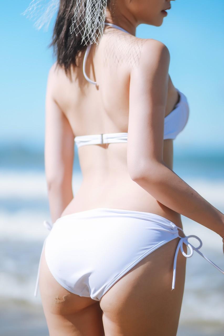 "COSER女菩萨""鳗鱼霏儿"" 海边比基尼写真在线看-写真-『游乐宫』Youlegong.com 第16张"