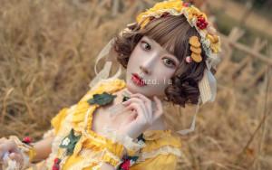 阿包也是兔娘 - lolita黄裙[12P-97.5MB]