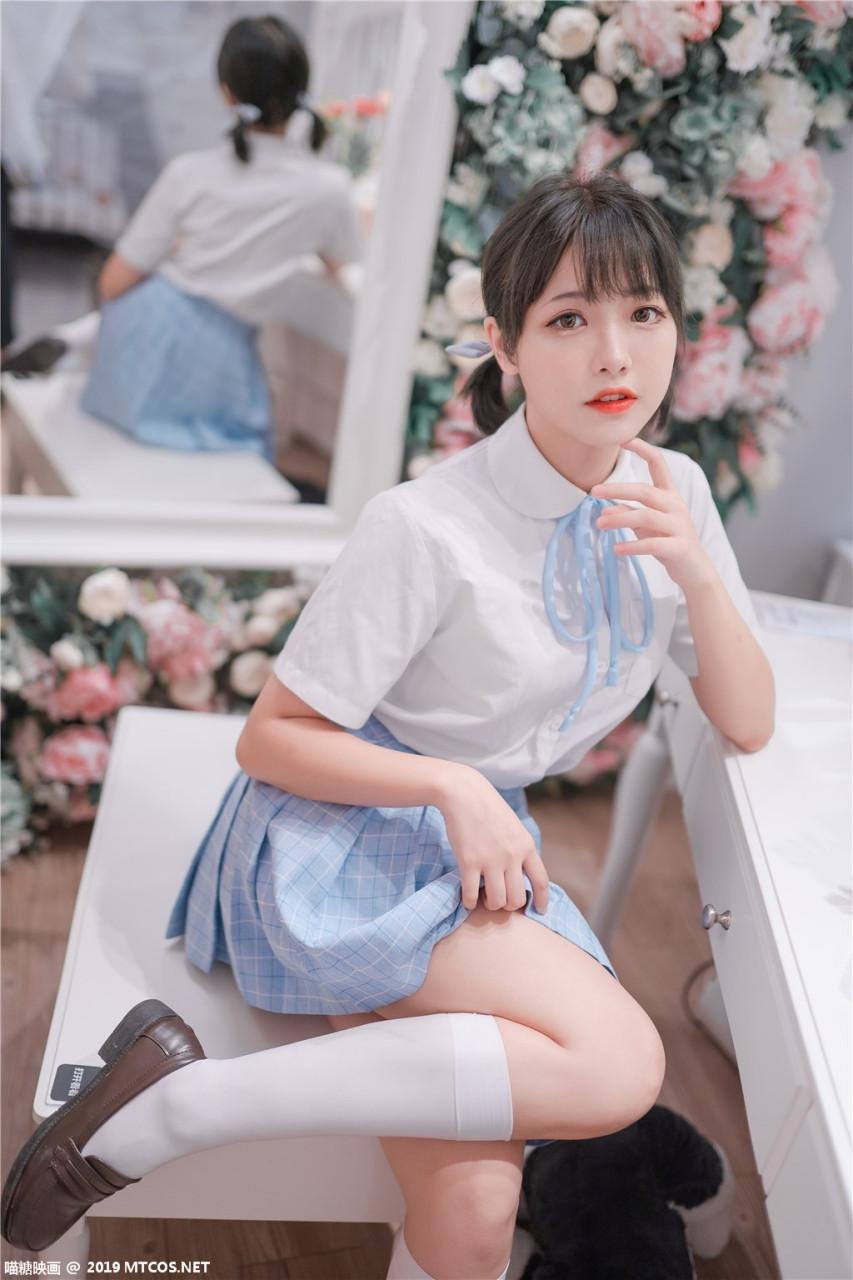 Lovely呆玄-双马尾 JK制服可爱写真
