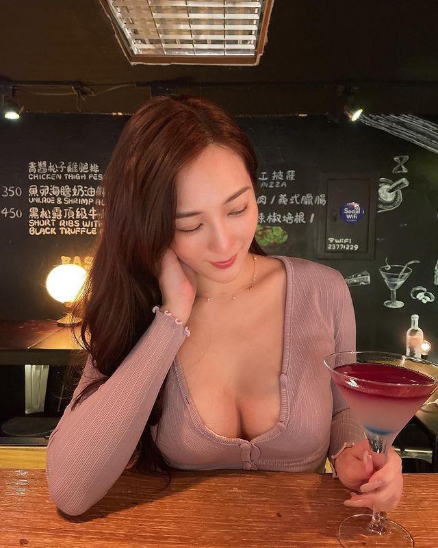 妹子图日刊 – 20210329