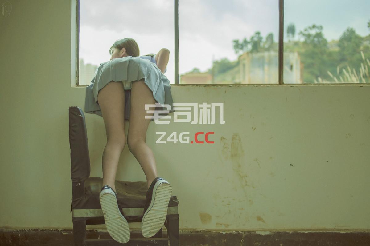 图虫摄影师@小何童鞋 人体、私房、制服[88套合集]-宅司机