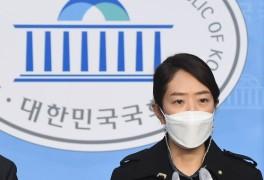고민정·남인순·진선미 대변인사퇴…'피해호소인' 소나기...
